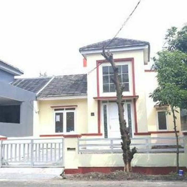 Rumah luas di boulevard cluster jalan depan rumah lebar 2 arah