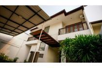 Dijual Rumah Mewah Full Furnished di Pejaten Barat Jakarta
